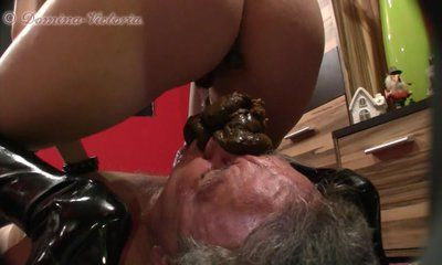 Victoria punishes friend's slave